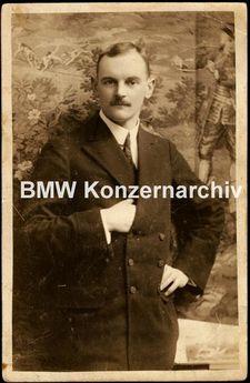 Portrait of Karl Rapp 1911.jpg